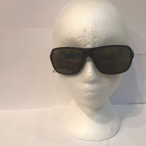 Ray-Ban Wrap Sunglasses. #6 61-16 3N